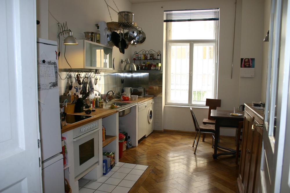 locations wohnen wohnungen. Black Bedroom Furniture Sets. Home Design Ideas